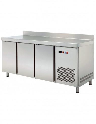 Mesa GN/1 Refrigerada 4 puertas Fondo 700 de 2242 x700 x850h mm TRCH-225 - 1